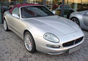800px-Maserati_Spyder